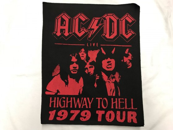 acdc-highway-to-hell-roja